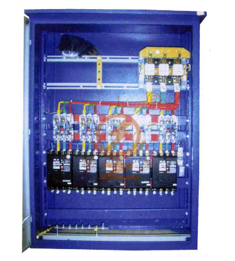 首页 配电箱 同耀配电箱  输入:600a 输出:三相160a*5 用途:大型工地